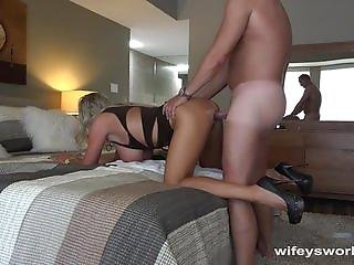 asiático, teta grande, rubia, blowjob, pareja, cum, facial, tacones, tacones altos, lamer, milf, oral, sexo, vaginal