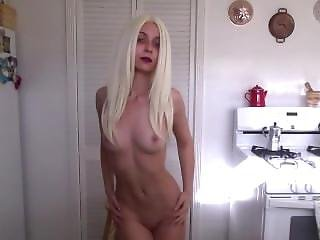 Lana Everest Strip Tease