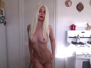 amateur, arsch, fetter arsch, blondine, kleine titten, striptease, necken