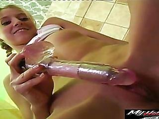 Lesley Is Plunging Battery Powered Sex Toy In Her Soaking Wet Snatch
