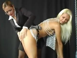 Maxine X Is Dominating A Blonde Slave