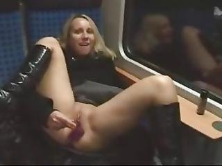 Amateur Hot Blond Train Dildo Pussy And Arse