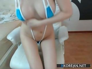 Super Beautiful Korean Girl Shows Her Perfect Body