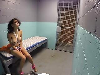 Simone: Stripper Locked Up