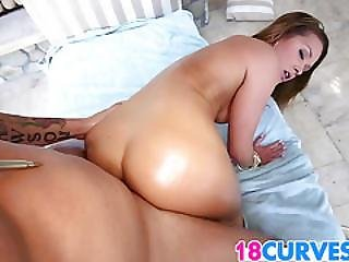 Abby Cross Is A Hot Pawg