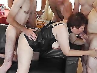 Dutch Rubens Mature Is Fucked Bare By 7 Cumloaded Cocks