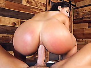 Happy Rear Ending Massage Anal Fuck For Abella Danger