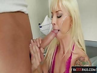 Feel The Mommy S Throat Blondies Pov Sellection Sarah Vandella Brooke Banner