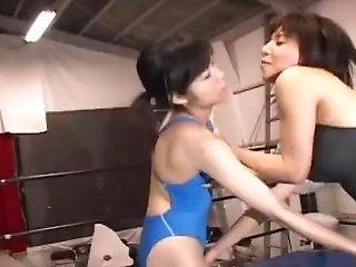Lesbian Wrestling(the Fight Of The Woman Who Wins The Sexual Climax.)