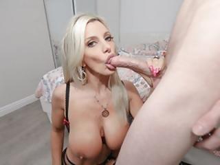 Anya és a szomszéd pornó