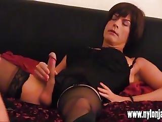 Horny Milf Photographer Makes Tgirl Slut Spunk With Hot Wank