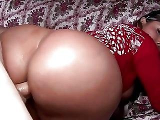 Big Ass Milf Sandra