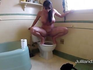 Sophie Dee-peeing