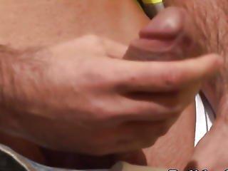 Wang Wanking Man Dicksucked By Builder