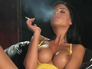 Ella Mai - Smoking Dildo Masturbation