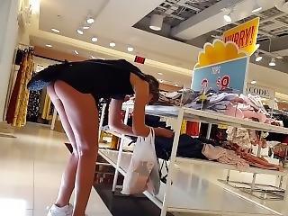 Candid Voyeur Teen Shopping Showing Ass