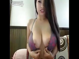 Asian Camgirl Fingering Clit