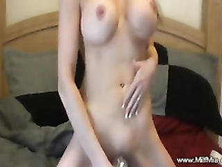 Hot Milf Loves Female Ejaculation Like A Hobby