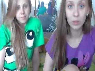 Cute And Beautiful Lesbian Teens Shows Off