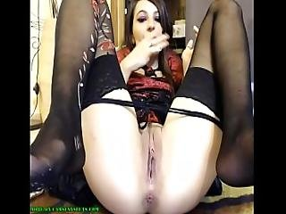 Gothic Girl Shows Her Holes - Camsexysluts.com