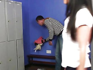 Cfnm Chick Engulfing Off Fortunate Lad In Lockerroom