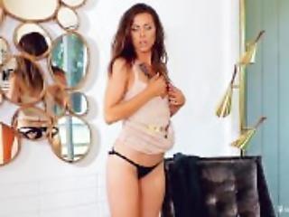 Gia Ramey-Gay - Effortlessly Sexy