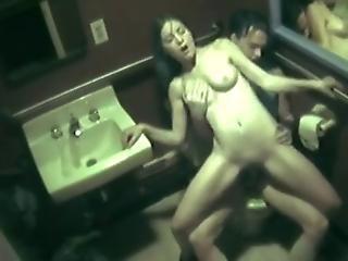 Amateur Fuck Slut In Public Toilet