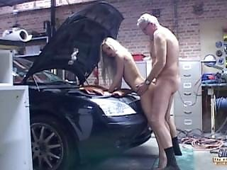Old Car Mechanic Gets Fucked Blonde Teen