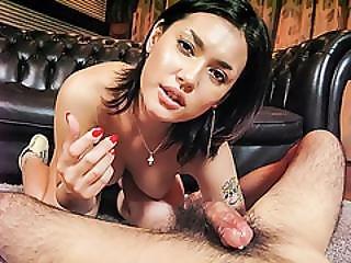 Maria Ozawa Loves Sucking And Fucking In Group