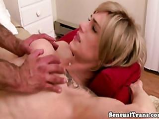 Classy Tattoeod Tranny Making Her Lover Cum