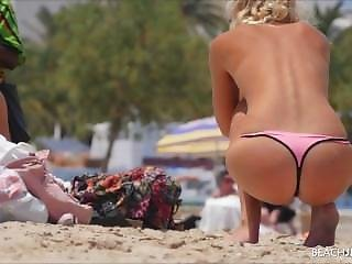 Group Of Hot Topless Girls Sunbathing
