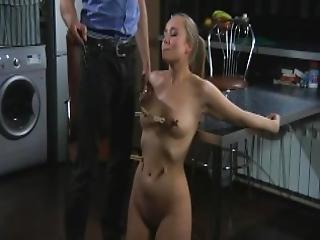 bdsm, blowjob, bondage, fastspændt, dominerende, brystvorte, straffe, slave, underdanig, tortur, pisk