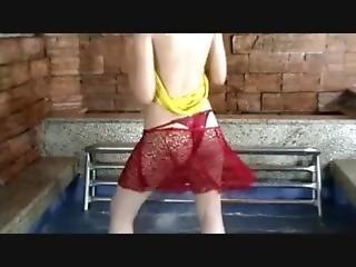Lili The Sensual Dancing 2