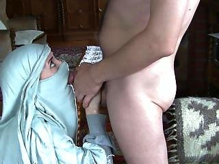 Arab Teen Sloppy Burqa Facefuck And Cumplay.requested Cfnm Sex Tape-hd Porn
