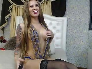Angelkiuty Freechat Tease With Hot Outfit 01-10-2016