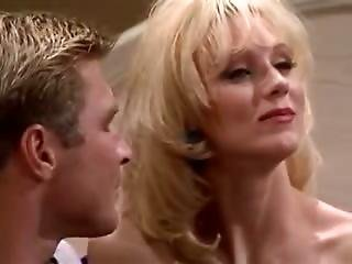 Hot Model Displays Golden Age Of Porn Was Like