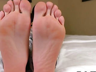 Pedicured Toes Teasing Ladyboy Showing Barefeet