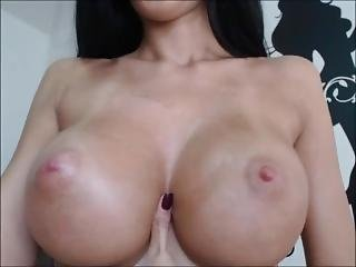 Milf Oils Perfect Tits After Workout