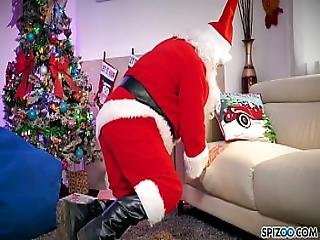 Spizoo - Watch Jessica Jaymes Fucking Santa Claus Big Boobs
