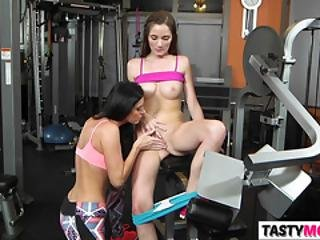 Horny Mom India Summer Gives Dirty Workout Lessons