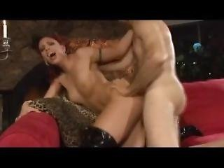 cul, bonasse, gros cul, pipe, éjaculation, bite, sale, interracial, star du porno, satin, petits seins, jeune