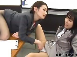 Asiatique, Interview, Japonaise, Lesbienne, Office, Séduite