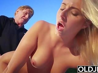 Grandpa Fucks Teen Pussy And Gets A Blowjob On Valentines Day