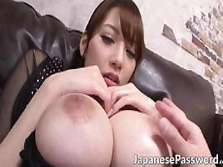 Sexy Japanese Skank Loves Having Her Special Place Toyed