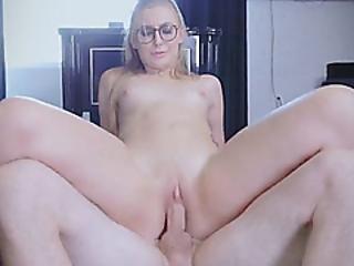 bambola, bionda, pompini, primo piano, cowgirl, pavimento, pornostar, cavalcando, sexy, succhia, Adolescente