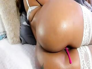 Girl With Oil Ass Fucks Herself With Her Fingers In Anal Vibrator To Orgasm