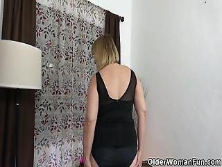 American Milf Rebecca Prepares Herself In Her Own Special Way For A Night Out With Her Girlfriend Bonus Video: Florida Milf Anna Moore