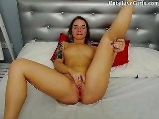Pink Pussy Cutelivegirls Com Cute Webcam Teen Playing