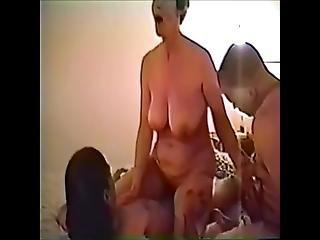 Bonnie truli lezbijski seks