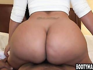 Latina Milf Kiara Mia Hotel Room Fuck